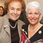 Dr. Charlotte Frank, Amanda Weiss
